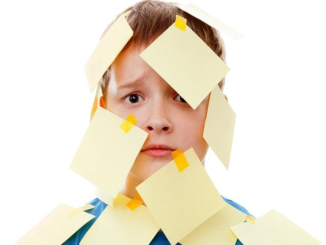不要為小孩的本性貼上負面標籤,身為父母的你應該這樣回應...